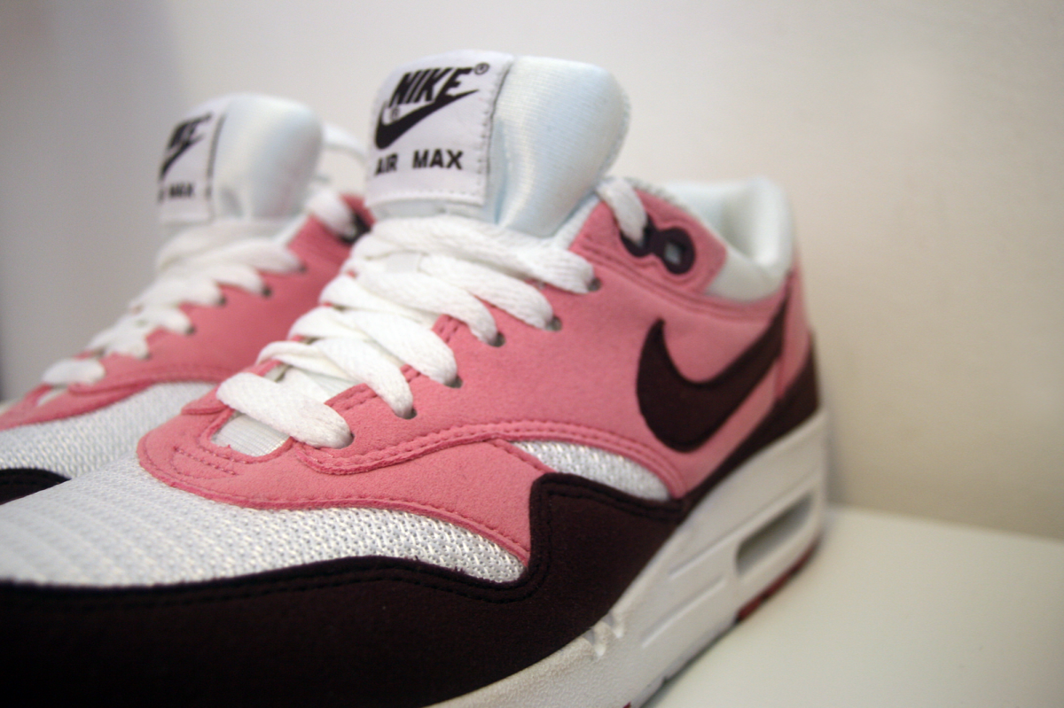 NEW SHOES – Nike, I am into this hype…