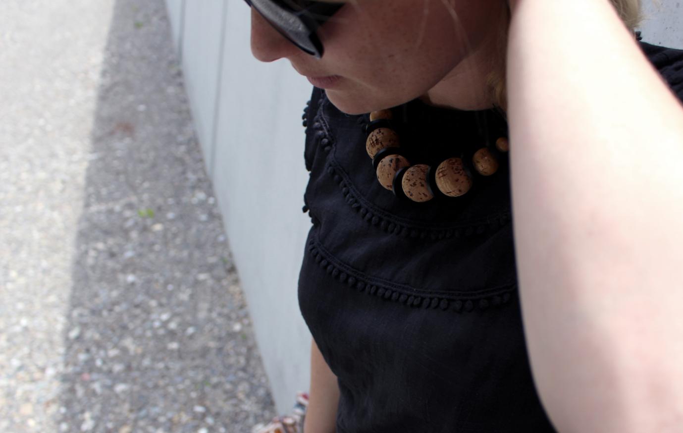 maybeyoulike_black-dress7