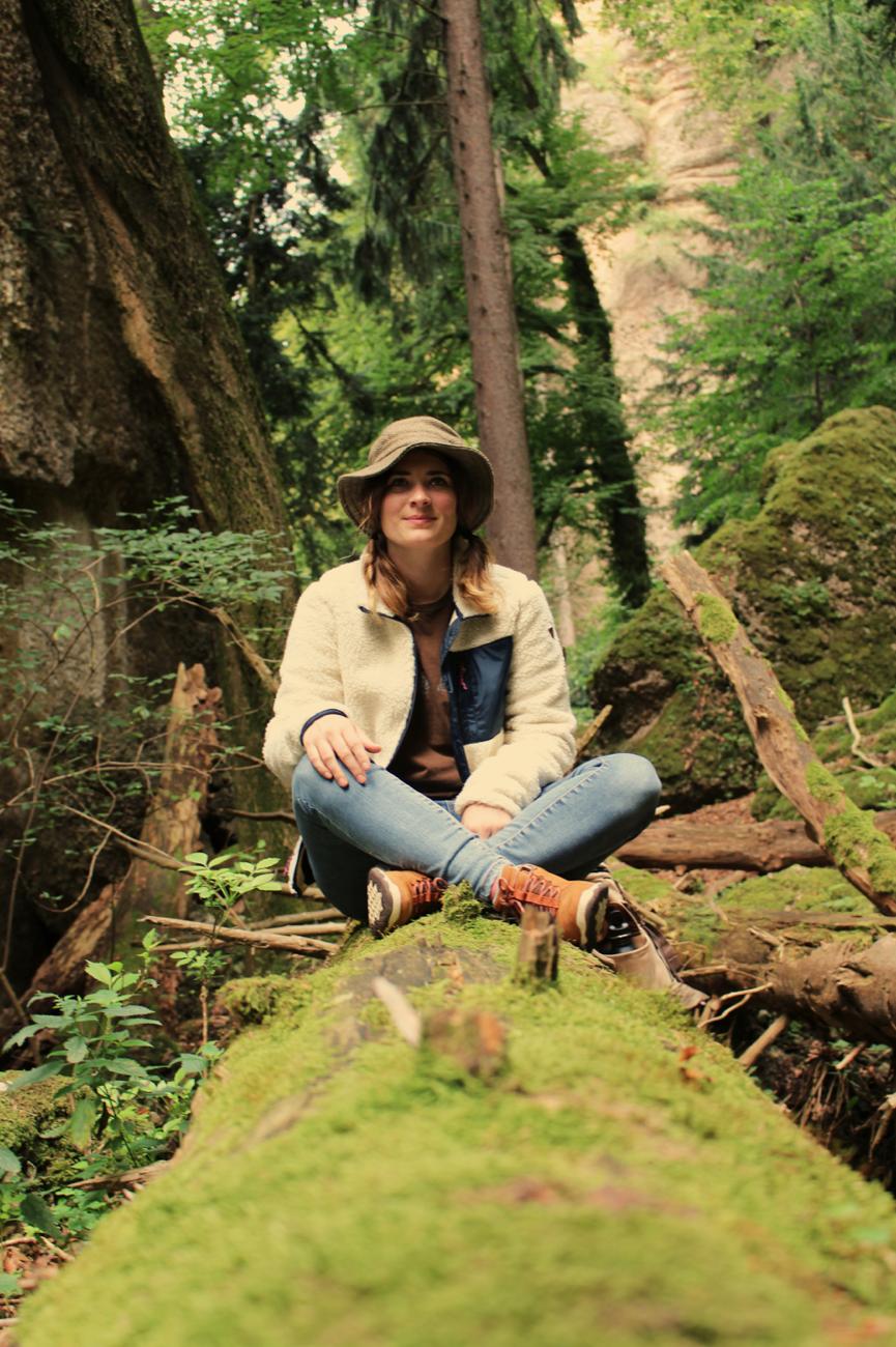 maybeyoulike_Burton_into_the_woods_3