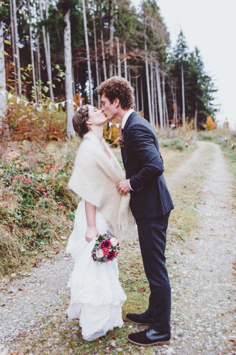 maybeyoulike_forest_wedding_17