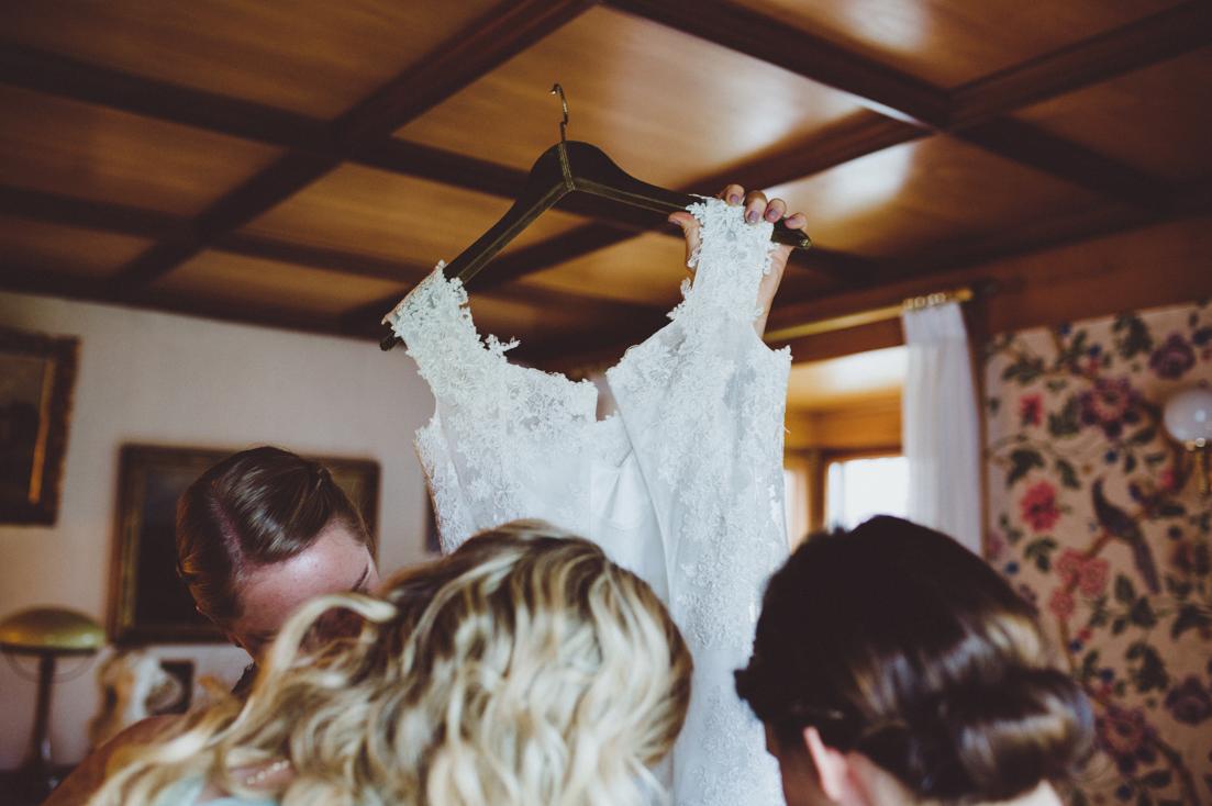 maybeyoulike_wedding_getting_ready_8