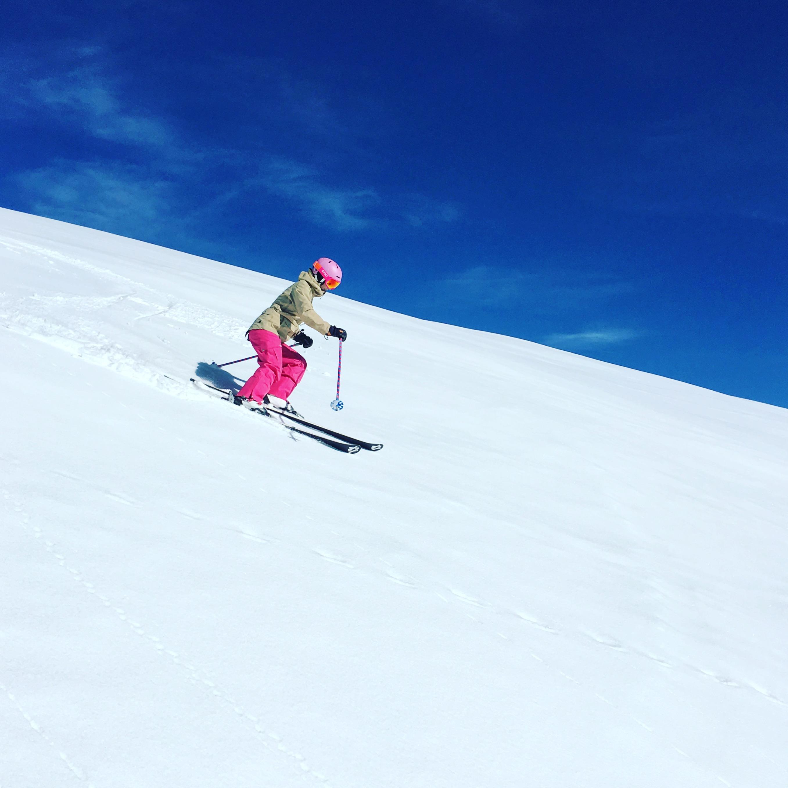 maybeyoulike_skiing_2