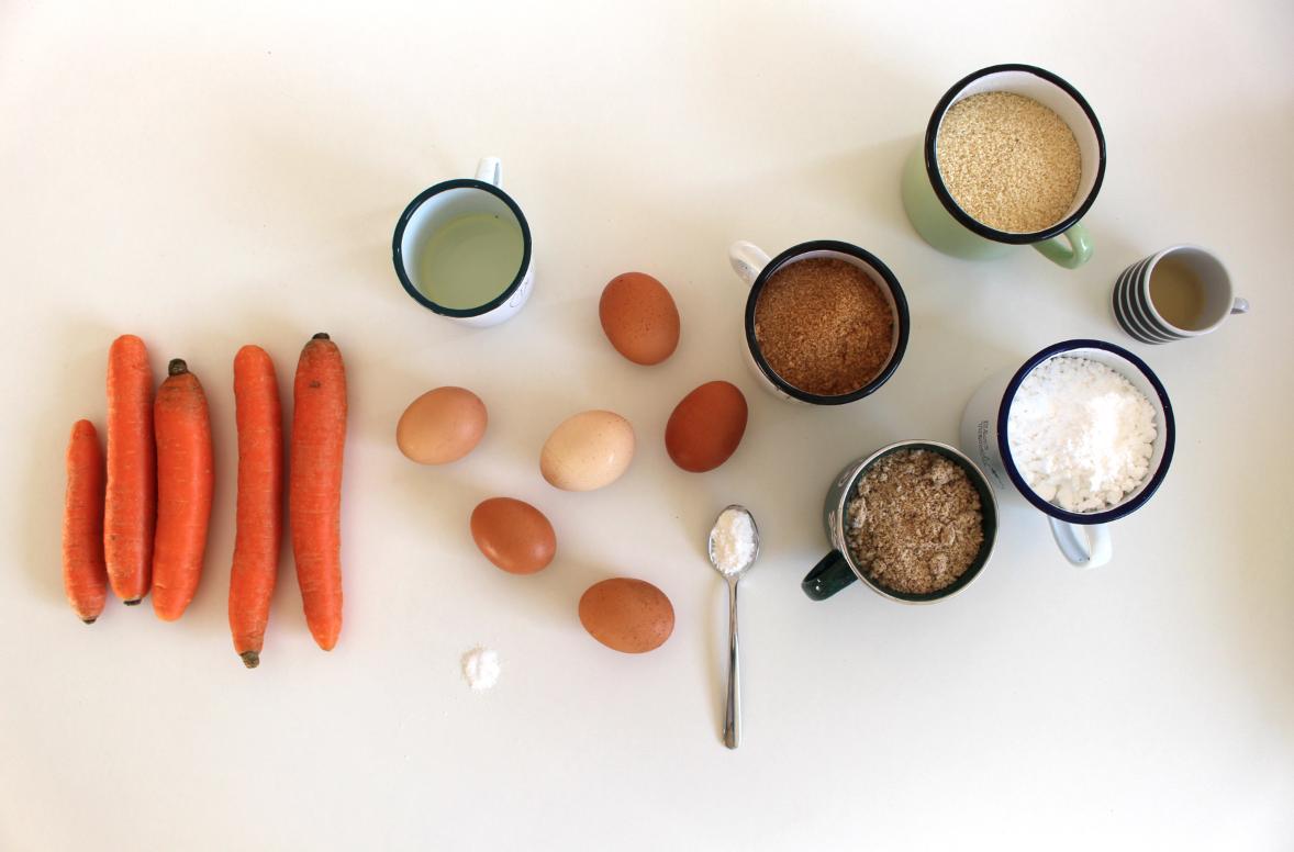 Juicy Carrot Cake Recipe