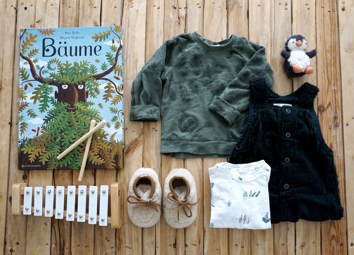 Baby Outfit – Forest green & Trees