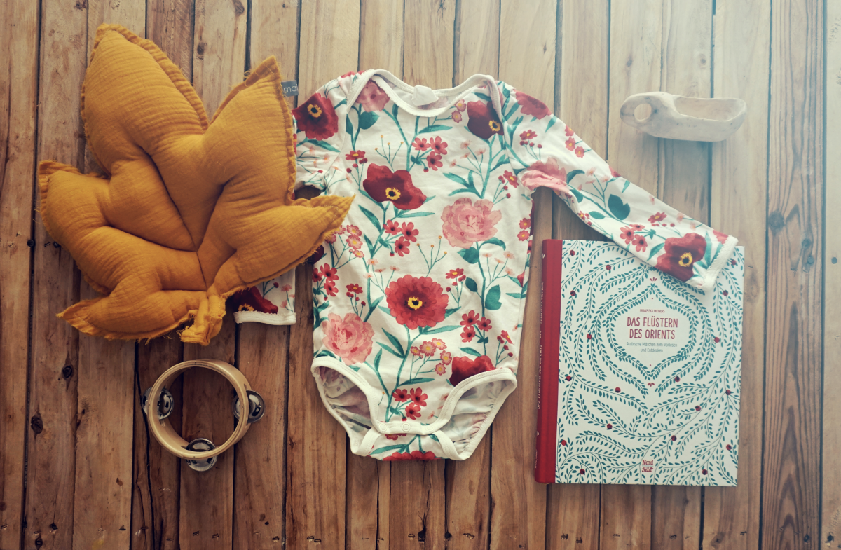 Baby Outfit – Yellow & Flowers